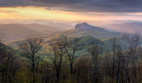 Looking Glass Rock Sunrise (Kenneth Voltz) - 10th Annual People's Choice Award